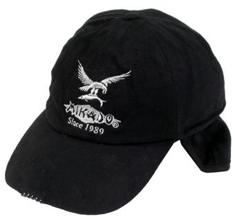 Zimná čiapka MIKADO so zabudovaným svietidlom