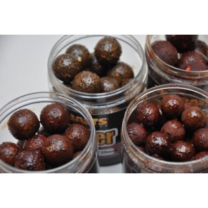 Boilie MIKBAITS Gangster G3 Losos & Caviar & Black Pepper