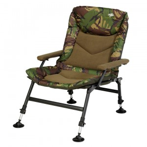 Kreslo GIANTS FISHING Compact Fleece Camo Chair